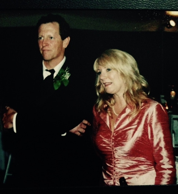 dad-mom-our-wedding-672003